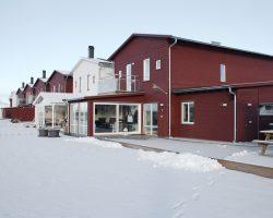 Rad och kedjehus på Jägarvallen i Östersund